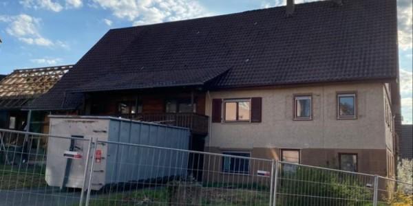 Abbruch Bauernhaus mit Scheune