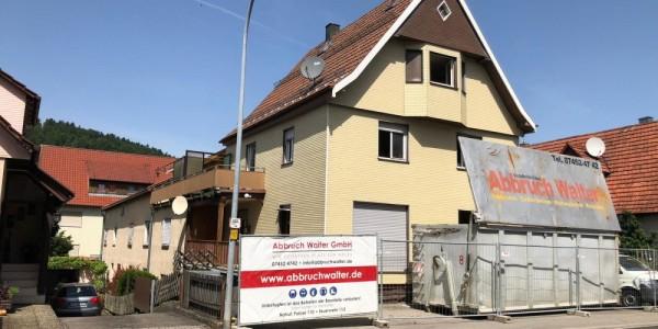 Abbruch eines Wohn/Geschäftshaus